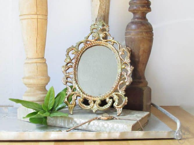 Thrift store makeover picutre frame to goldleaf mirror