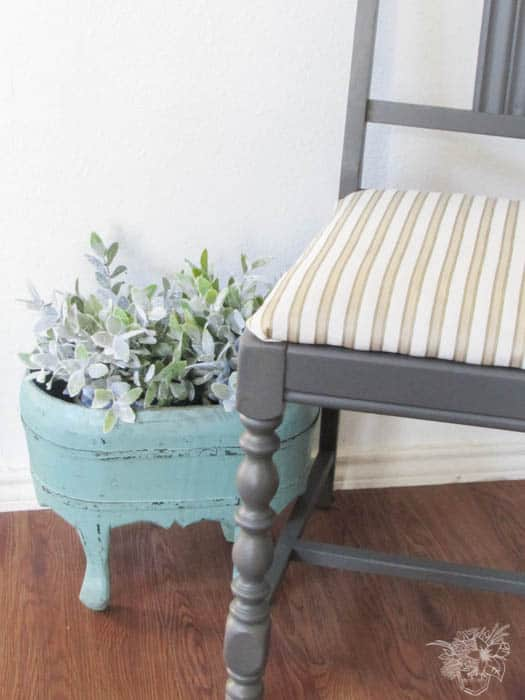 Dining Room Makeover, Update Thrifted Dining Chairs