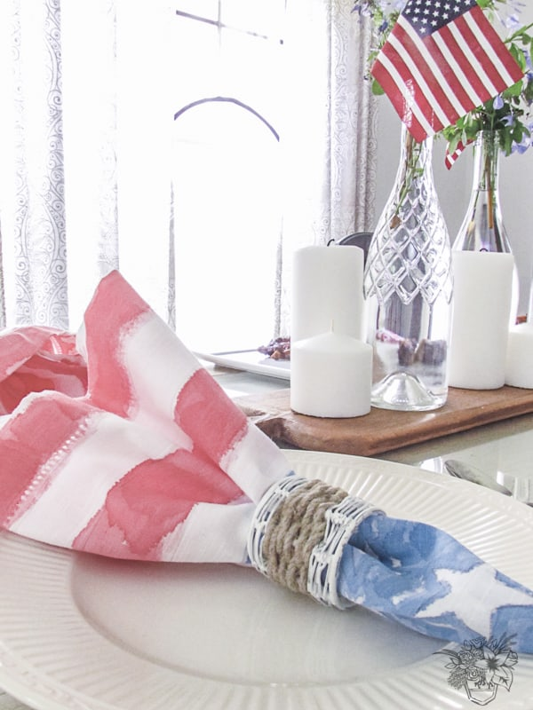 A Simple Patriotic Table scape and DIY Stars and Stripes Watercolor Napkins