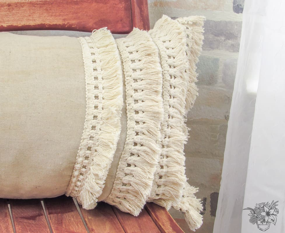 DIY designer inspired Boulster Tassel Pillow - Pocketful of Posies