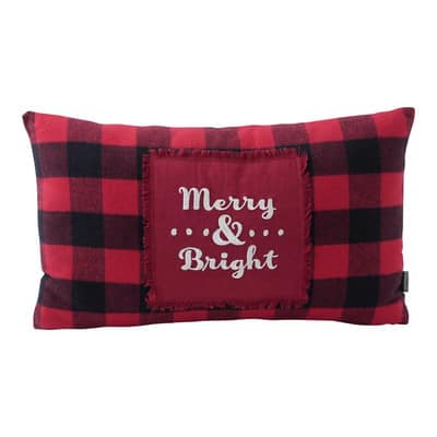 merry-and-bright-buffalo-plaid-throw-pillow-1mjb4555