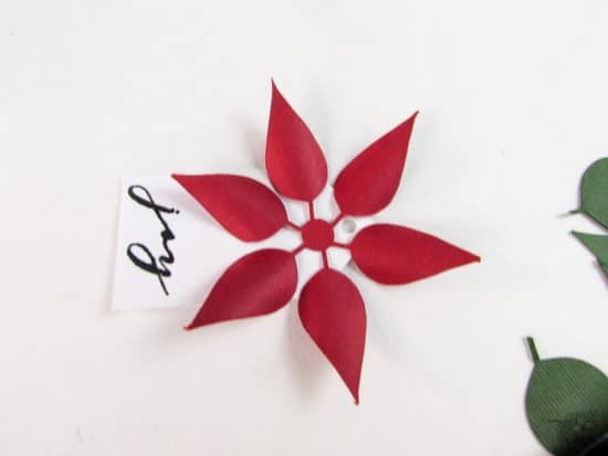 Silhouette Cameo Project, Sillhouet Place Cards, Paper Crafts, DIY Place Cards, Pretty Poinsettia Place Cards