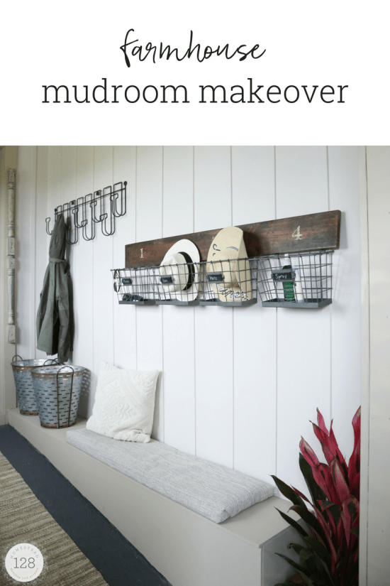 Simple nature decor for Farmhouse plans with mudroom